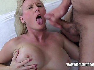 Stepmom Demands Anal Distance from Drowsy Young gentleman And Gets It