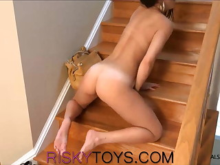 Dillion Harper squirts about the stairs