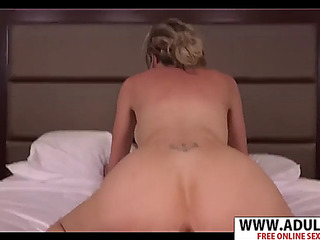 Large arse fresh mom holly fucking hawt hawt son