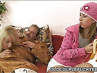 Age-old couple fucking railway floosie