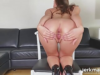 Jerkmate - Long-Legged Euro Beauty Fulfills Your Every Desire On Jerkmate Cam Undertaking